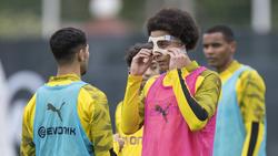 Axel Witsel trainiert beim BVB mit einer Maske