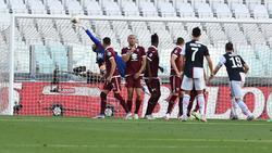 Ronaldo anotó desde un tiro libre directo al borde del área.