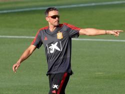 Luis Enrique soll die Spanier wieder in die Erfolgsspur führen. © imago/EFE/Juanjo Martín