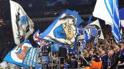 Ein Schalke-Fan sitzt in U-Haft