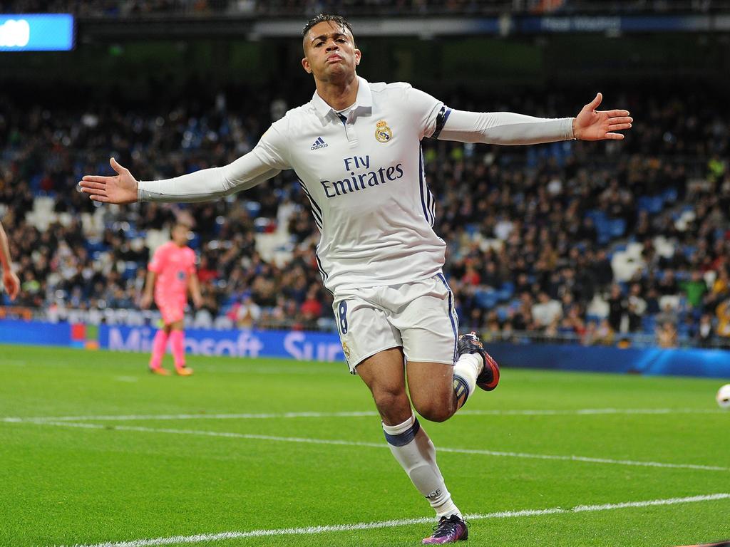 Mariano celebra un tanto con el Real Madrid en 2016. (Foto: Getty)