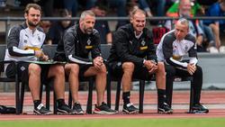Alexander Zickler (2.v.r.) ist seit dieser Saison Co-Trainer in Gladbach