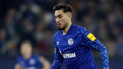 Suat Serdar vom FC Schalke 04 nimmt seinen Teamkollegen Ozan Kabak in Schutz