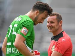 Haris Tabakovic zaubert Co-Trainer Martin Schneider ein Lächeln ins Gesicht