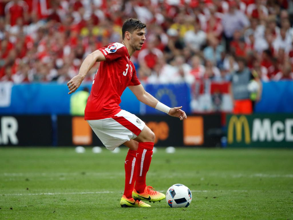 Ein rotes Trikot ist Dragović bereits aus der Nationalelf gewöhnt