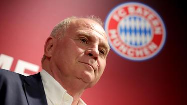 Uli Hoeneß hat einen personellen Umbruch beim FC Bayern versprochen