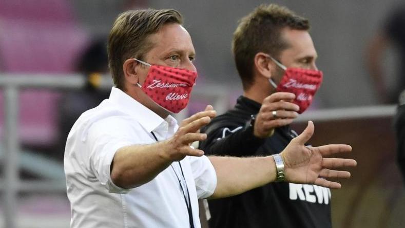 Freut sich über mündige Spieler: Kölns Geschäftsführer Sport Horst Heldt (l.)