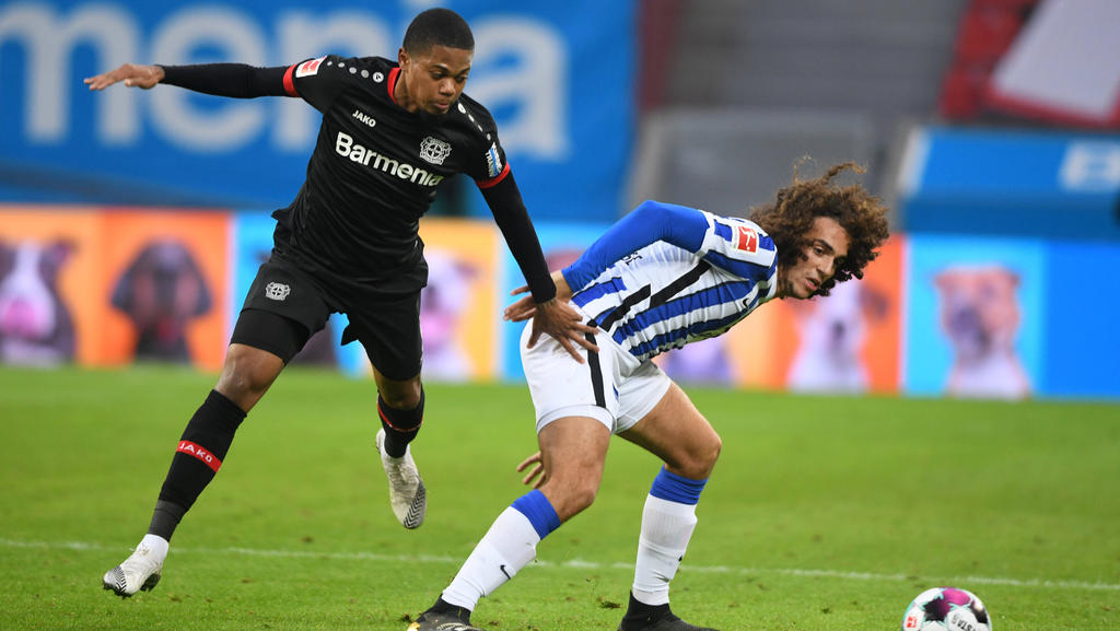 Leon Bailey (l.) blieb gegen Hertha BSC ohne Treffer