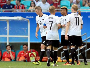 Haben Lars Bender, Max Meyer, Serge Gnabry und Julian Brandt (v. l. n. r.) gegen Portugal wieder Grund zum Jubeln?