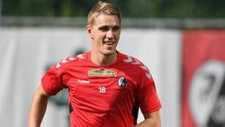 Liebt das Fußball-Business und würde gern wieder für das DFB-Team auflaufen: Stürmer Nils Petersen vom SC Freiburg