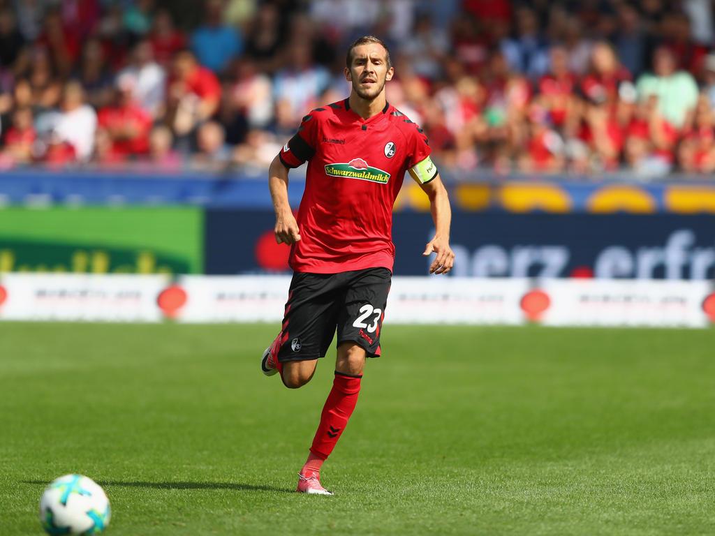 Hat in der Dreierkette des SC Freiburg seinen neuen Platz gefunden: Julian Schuster