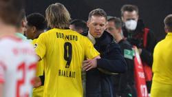 Bayern.Coach Julian Nagelsmann (re.) hat sich zu einem Haaland-Transfer geäußert