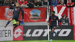 Thiago (l.) traf zum 3:0 für den FC Bayern