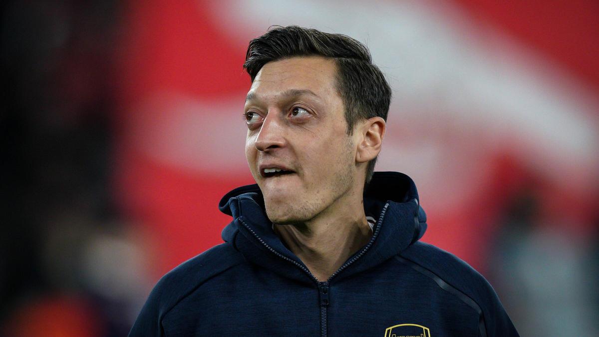Von Schalke 04 bis FC Arsenal: Mesut Özil wird 32 - Eine Karriere in Bildern