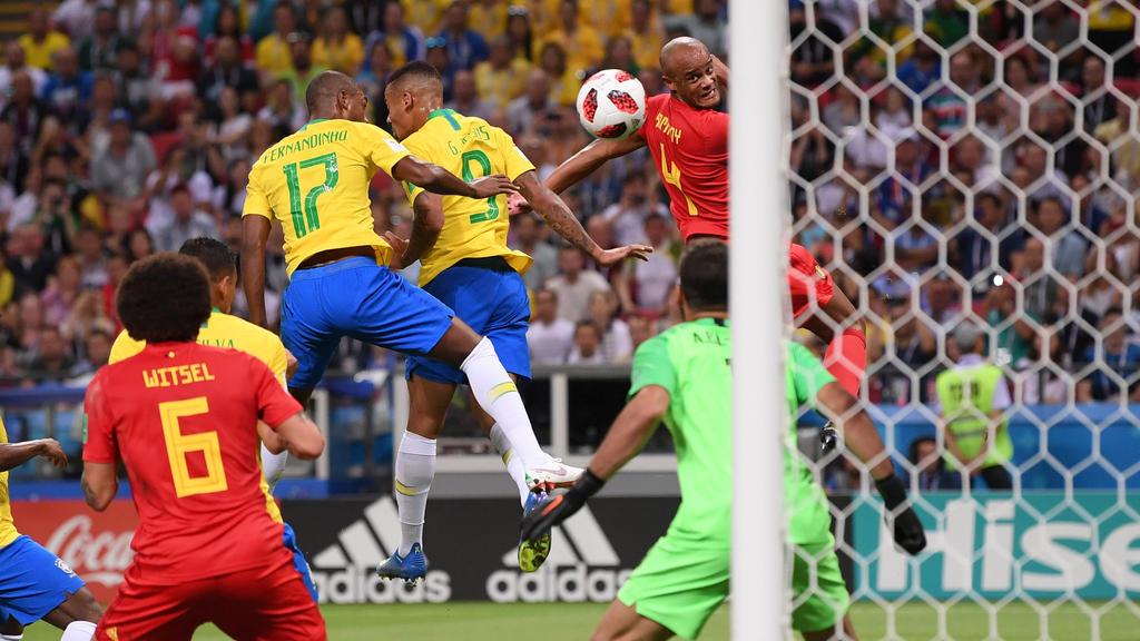 Die Brasilianer legen sich das Ei selbst ins Netz