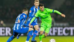 Alessandro Schöpf (r.) verletzte sich beim Spiel in Berlin