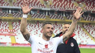 Nimmt nach der Corona-Pause mit Antalyaspor den Spielbetrieb wieder auf: Lukas Podolski