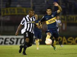 Cristaldo (dcha.) abandonó Boca Juniors en el mercado invernal. (Foto: Imago)