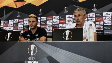 Joaquín y Quique Setién (Betis) en la rueda de prensa previa. (Foto: Imago)