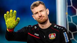 Leverkusens Torwart Lukas Hradecky warnt vor dem Gebrauch von Kraftausdrücken bei Geisterspielen