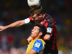 Alexander Meier (oben) ist für das Spiel gegen Borussia Dortmund fraglich