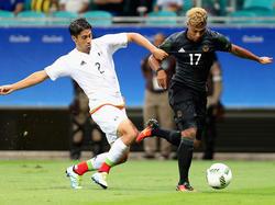 Serge Gnabry (re.) sorgte im Spiel gegen Mexiko für frischen Wind