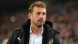 VfB-Trainer Markus Weinzierl muss in Leverkusen auf einige Profis verzichten