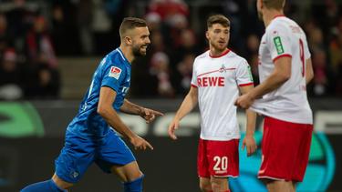 Lukas Hinterseer (l.) traf doppelt gegen den 1. FC Köln