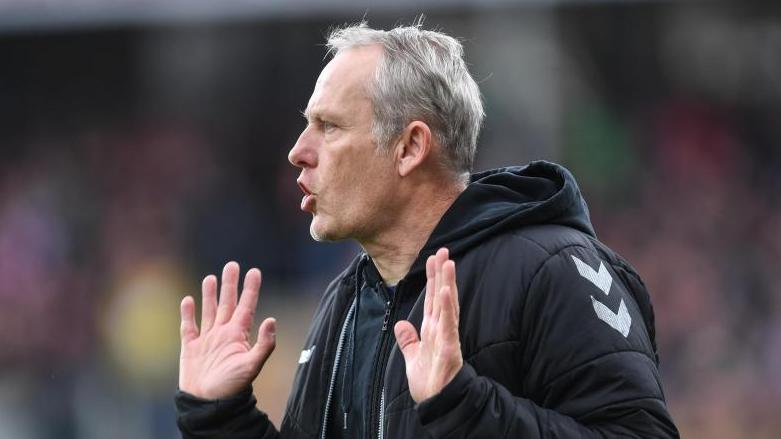 Befürwortet die Fortsetzung der Bundesliga: Freiburg-Coach Christian Streich