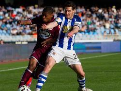 Zadua und Cavaleiro kämpfen um den Ball