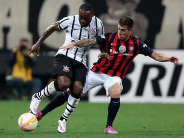 Love en un partido con Corinthians en Copa Libertadores. (Foto: Imago)