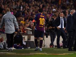 Messi se marcha lesionado en el Camp Nou. (Foto: Getty)