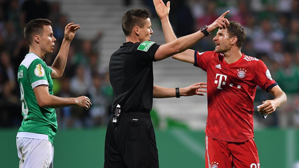 Im Halbfinale des DFB-Pokals zwischen Werder Bremen und dem FC Bayern ging es heiß her