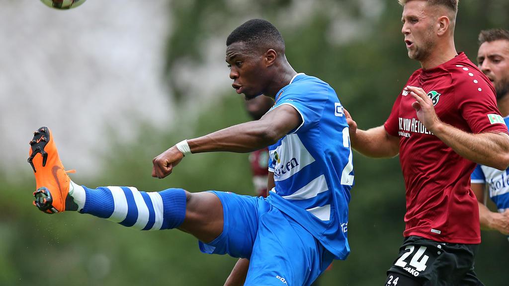 Kingsley Ehizibue wird offenbar vom 1. FC Köln umworben