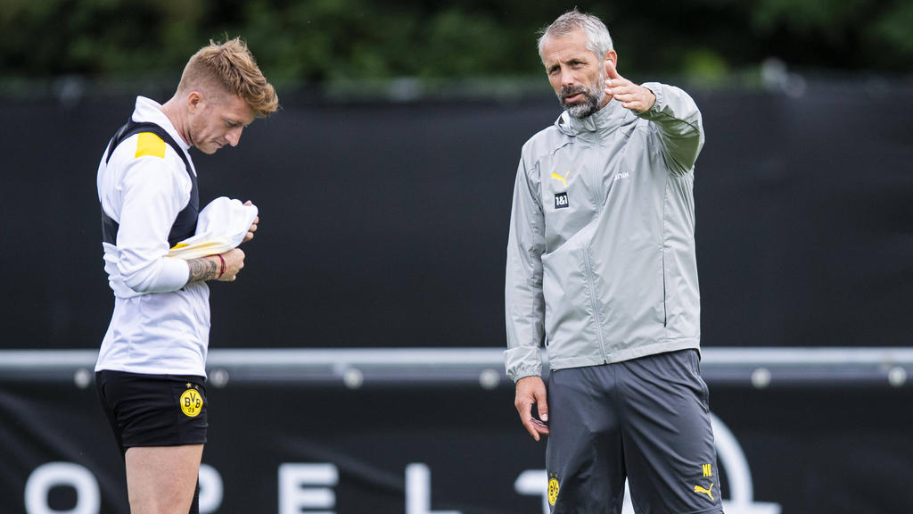 Marco Reus (l.) bleibt auch unter Marco Rose BVB-Kapitän