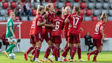 Satte acht Mal durften die Bayern-Frauen gegen Werder Bremen jubeln