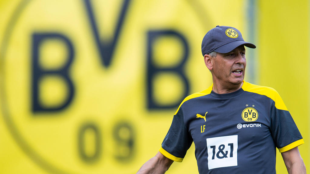 Lucien Favre geht beim BVB in seine dritte Saison