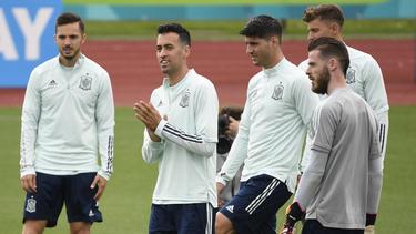 España vuelve a creer tras golear a Eslovaquia.