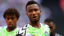 Obi Mikel con la camiseta de la selección nigeriana.