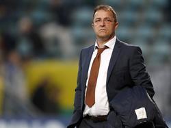 Željko Petrović ziet dat zijn ADO Den Haag geen potten kan breken tegen Ajax. (16-10-2016)