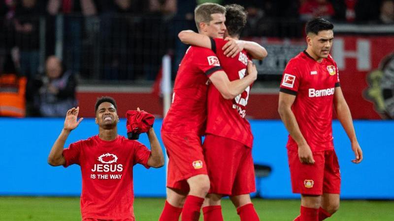 Große Erleichterung bei den Bayer-Stars über den Sieg im Topspiel