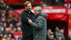 Jürgen Klopp (li.) trifft auf Trainerkollege José Mourinho