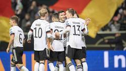Das DFB-Team spendet für soziale Zwecke