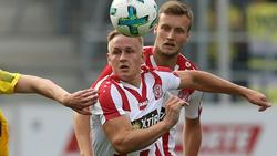 Kai Pröger (m.) wechselt zum SC Paderborn