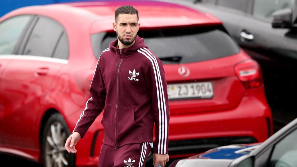 Nabil Bentaleb hat im Training des FC Schalke 04 ausgeteilt