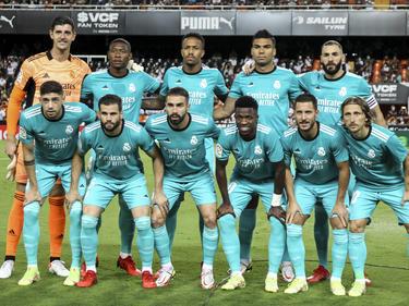 Once del Madrid en la pasada jornada en Mestalla.