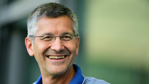 Herbert Hainer drückt den Stars des FC Bayern die Daumen
