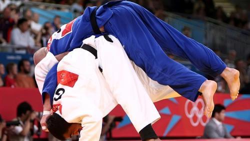 Der Junioren-Bundestrainer beklagt das Erziehungssystem im Judo