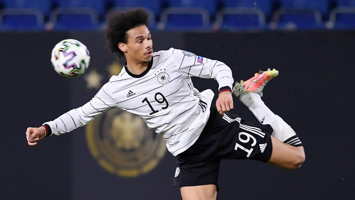 Leroy Sané steht beim FC Bayern unter Vertrag