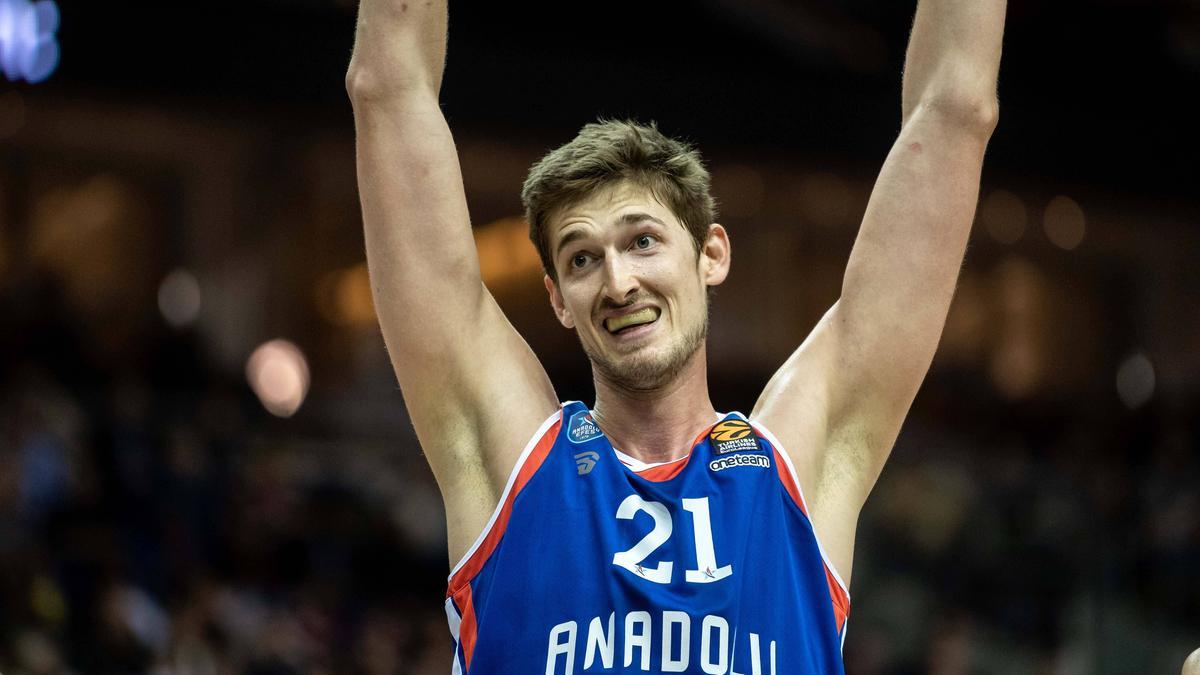 Tibor Pleiß gewinnt mit Istanbul die EuroLeague